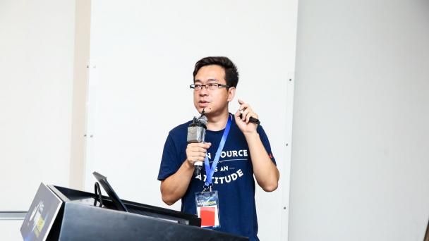 开发者与开源社区